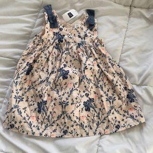 NWT baby Gap spring dress 12-18 months